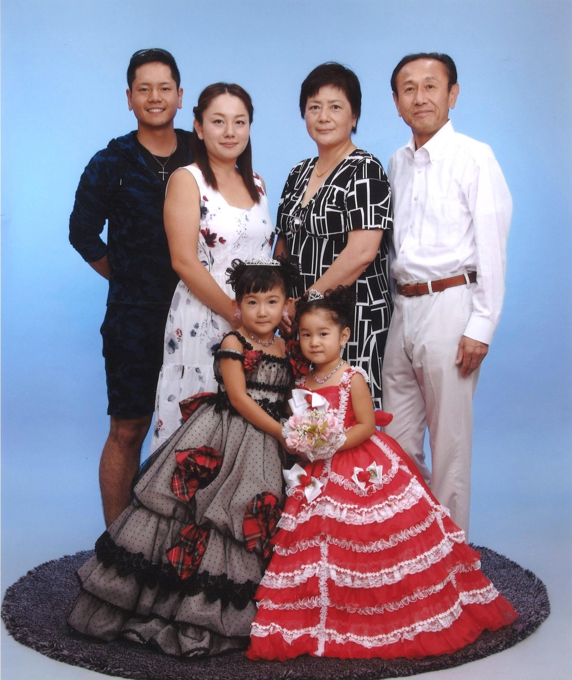 家族写真 | happilyフォトスタジオ